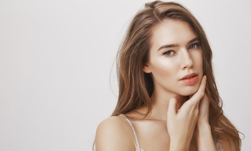 Mentoplastia y botox terapéutico: Tendencias de bienestar facial