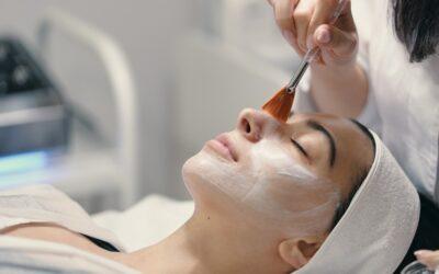 Rejuvenecimiento facial para una piel más fresca
